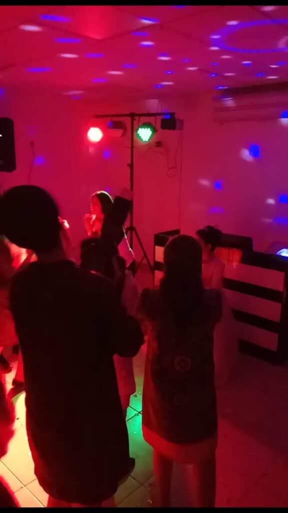 מרקידה לבת מצווה בשיא השמחה בהרקדה מקצועית. צילום: אורטל בורק