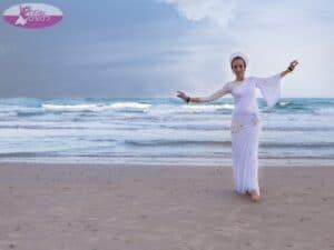 רקדנית בטן מקצועית ומשמחת במיוחד. צילום: דניאלה דהן