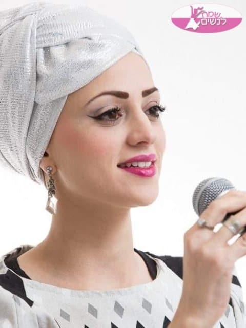 זמרת נשים במופע מרגש עד דמעות בכנס נשים ארצי. צילום: הרבנית ציפורה איבגי